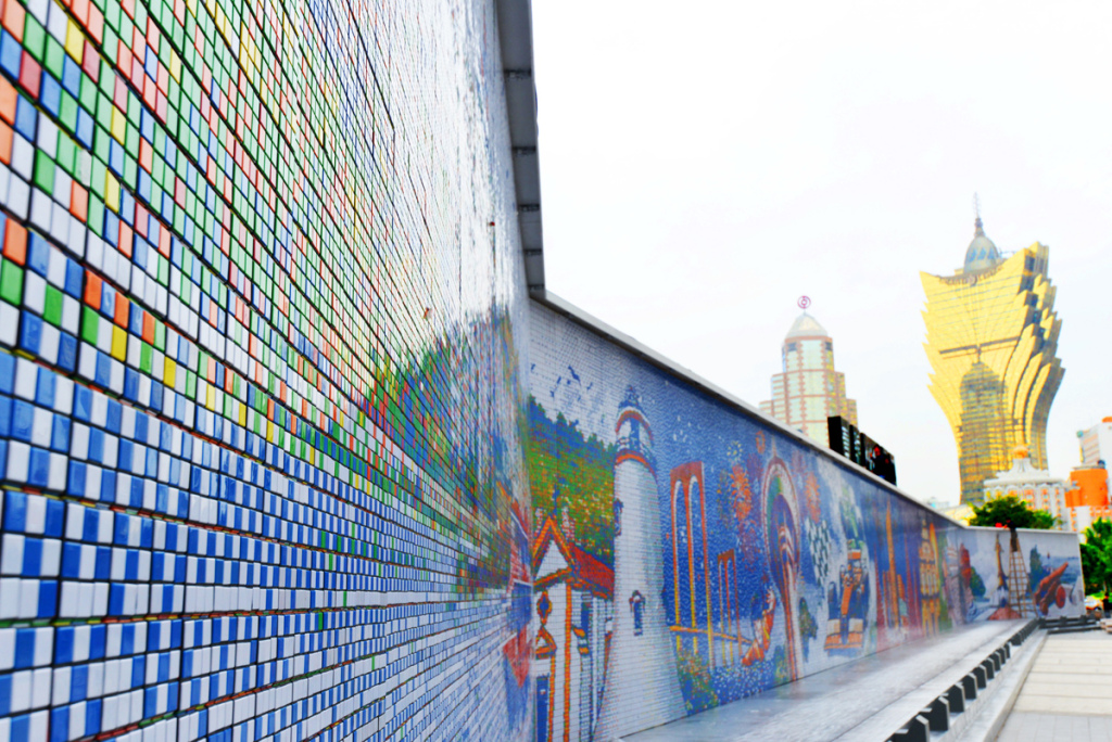 World's Largest Rubik's Cube Mosaic